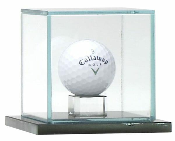 jade-glass-hole-in-one-ball-capsule